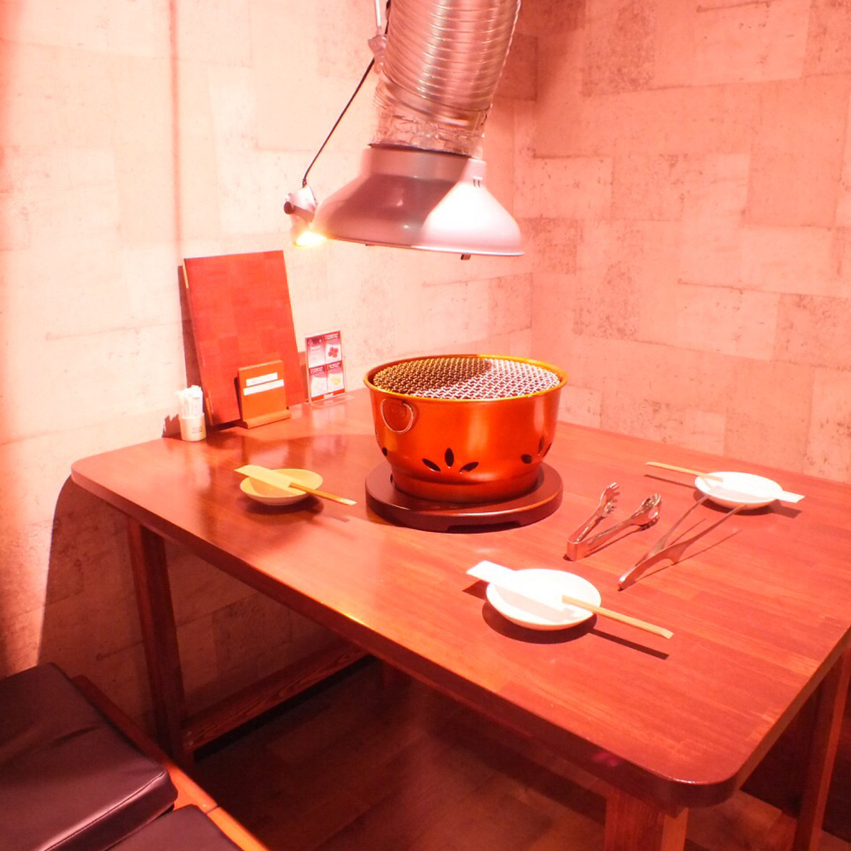 如果您在Akiko品嚐日本黑牛肉和正宗韓國料理的精緻日本料理,則由Hanur決定!【桌座8】