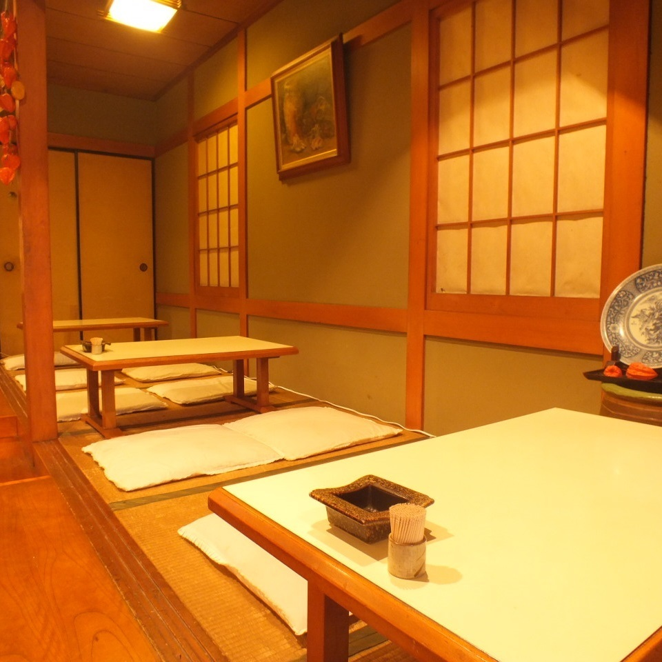 The Kuroshiki which is becoming small rising on the first floor is also ◎ to visit us in a small store.