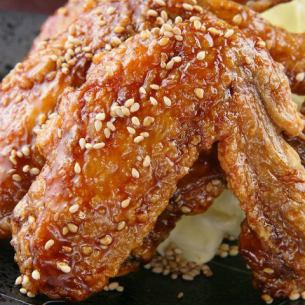 Deep-fried chicken wings of the first generation