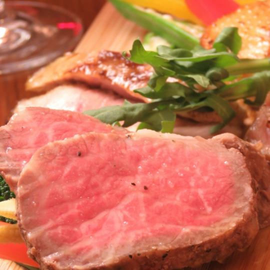 【All-you-can-drink banquet plan】 Domestic beef low temperature cooked steak ★ All you can drink with 120 minutes 9 items course ⇒ 5000 yen (excluding tax)