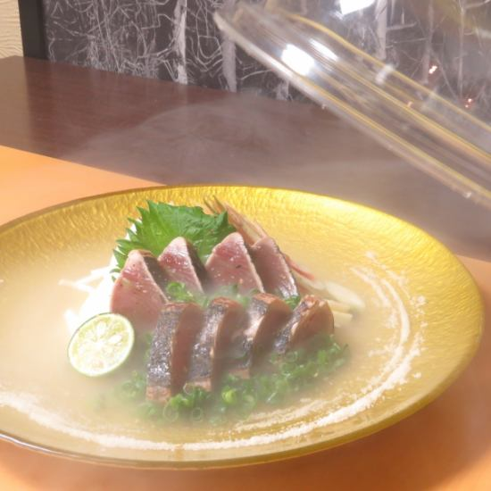 Tosa specialty [Katsuotataki] also include the incense smoked ... a gem of attention.