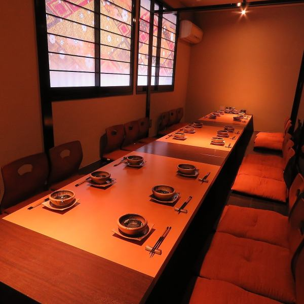 Popular parlor private room, such as banquets, offer your seat to fit the number of people.Up to 30 people to ◎ your booking as soon as possible