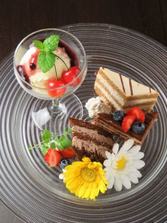 ● Today's dessert plate (assorted)