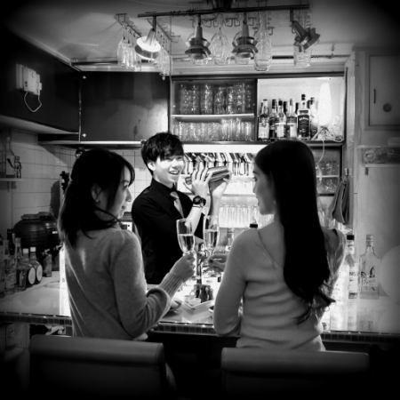 ★Room12新規スタッフ大募集!!バーテンダー&ホールスタッフ