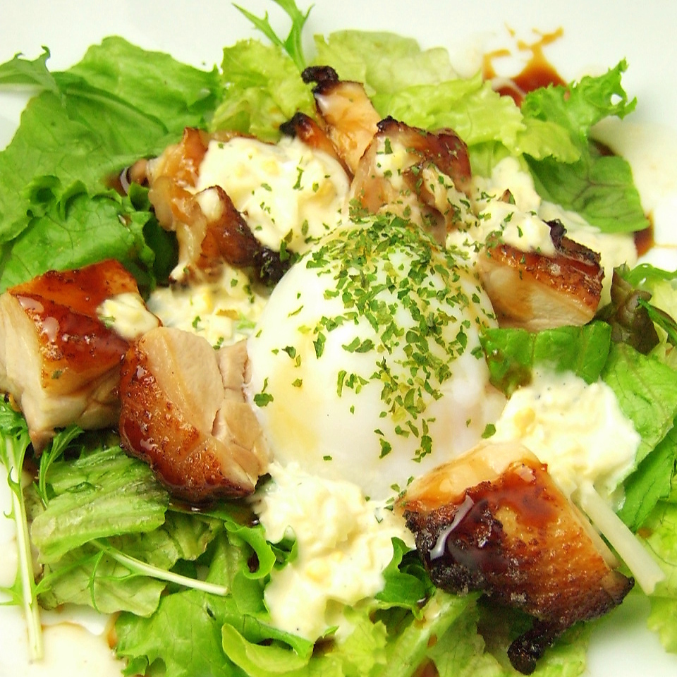 Tarriyaki chicken and hot spring egg tartar salad
