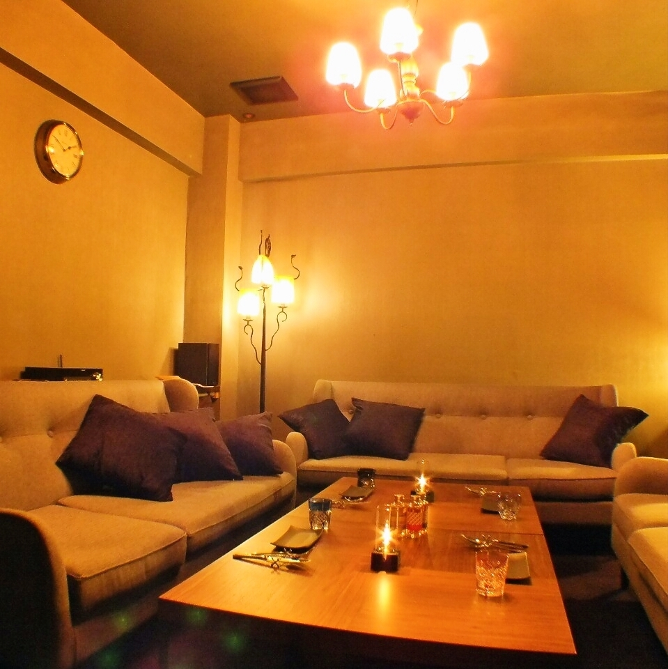 From 11 people to a maximum of 20 guests can rent out! It is a fashionable store perfect for adult parties.Please use by all means.
