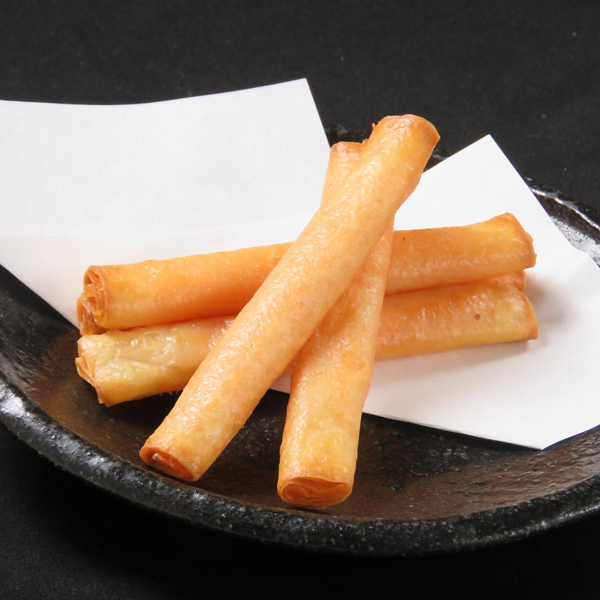 Akuta cheese stick spring roll