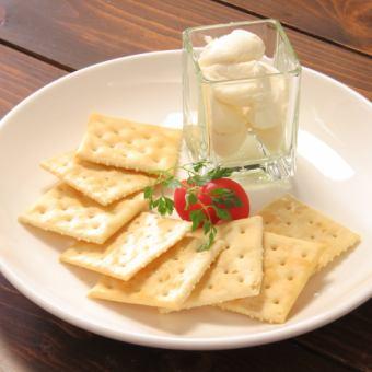 クリームチーズクラッカー