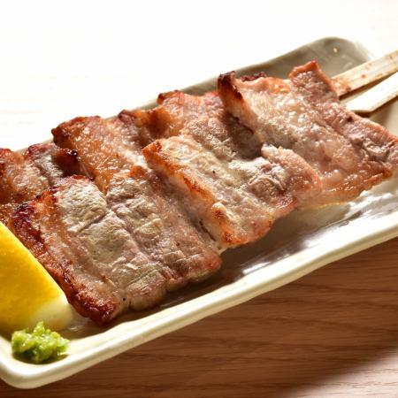 豚バラ串(1本)