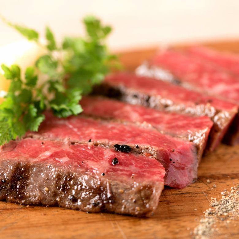黒毛和牛のドライエイジングステーキ《ランプ・イチボ》(100g)