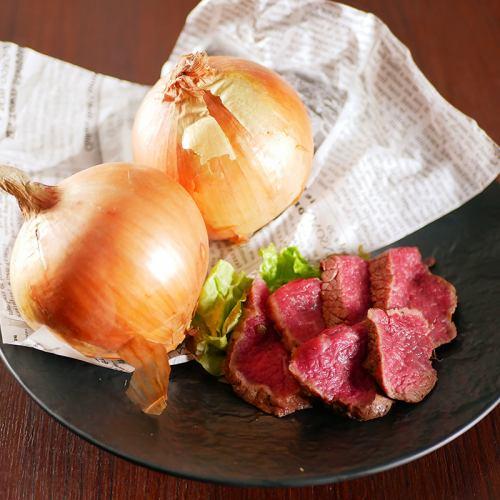 名産! 神戸牛と淡路島玉葱のアヒージョ