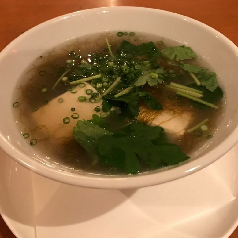 Dashi roll of egg fried / clam and unglazed soup