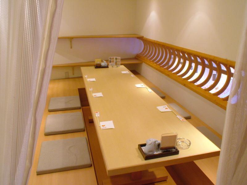 3Fの個室は合コンやちょっとした飲み会に最適!人気の席の為、早めのご予約がお薦めです!!
