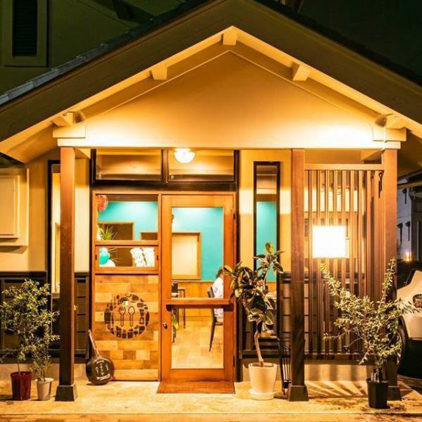 Dinner memorable in the lightly up shop ... ♪ The first floor is a table seat with a homely atmosphere and the second floor has 2 rooms with OK rooms with 6 to 8 people OK! In the Japanese-style room, A calm atmosphere is recommended for anniversaries and entertainment!