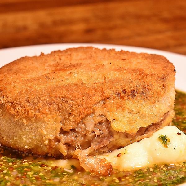 猪脚谭玫瑰肉肉饼