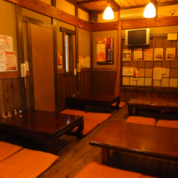【A perfect place for banquets! Up to 30 people available ◎】 2F is perfect for banquets! You can rent for 12 ~ 30 people.There is no doubt that the banquet in a nostalgic, comfortable atmosphere that is comfortable somewhere in the Zashiki will be exciting! Please do not hesitate to contact us!