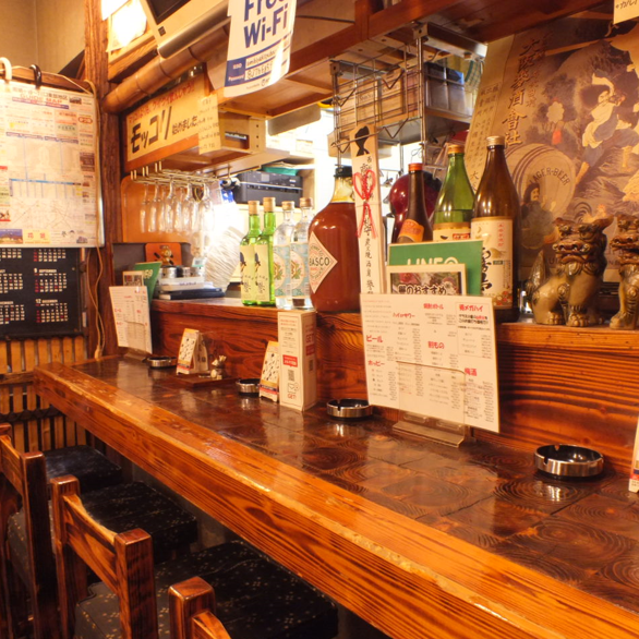 Good chatting with the staff at the counter seat ♪ It is nice to drink alcohol happily within friends ♪