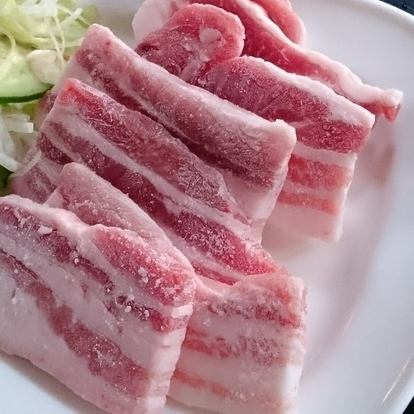 ブタ肉焼き