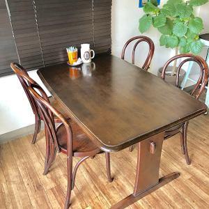 4名様テーブル×1席