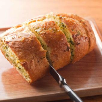 大蒜烤麵包