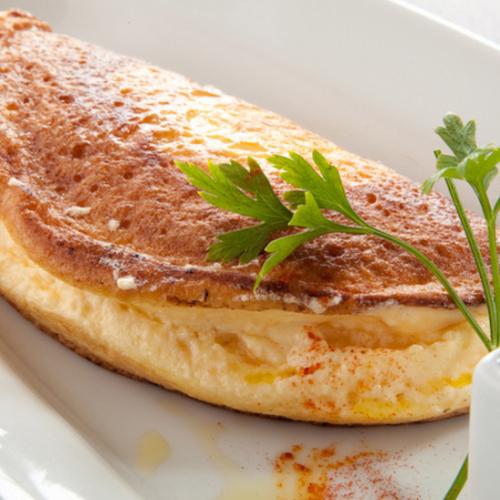 ■蛋奶酥蛋捲蓬鬆的雞蛋■配上洋蔥燒清湯