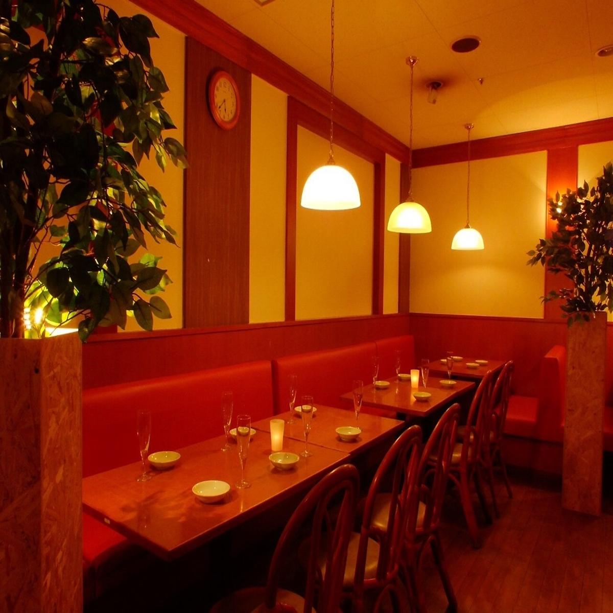 它是舉辦宴會的理想場所,可容納16至30人/ 16人至30人的團體。