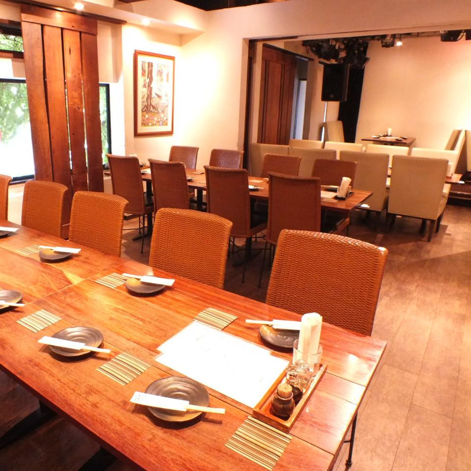 [私人]整个二楼预留30至36人。请用它与朋友和公司的宴会!
