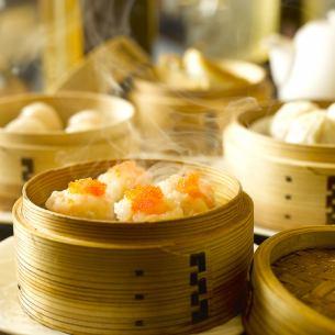 """【受女性欢迎】""""鲨鱼鳍饺子""""和""""自制寿司""""可以品尝♪点心套餐!"""