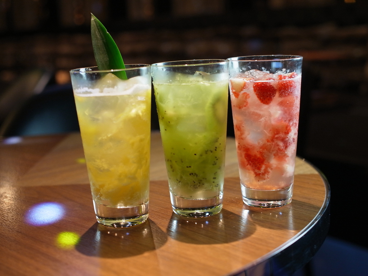 RECOMMENDED FRESH FRUITS SOUR