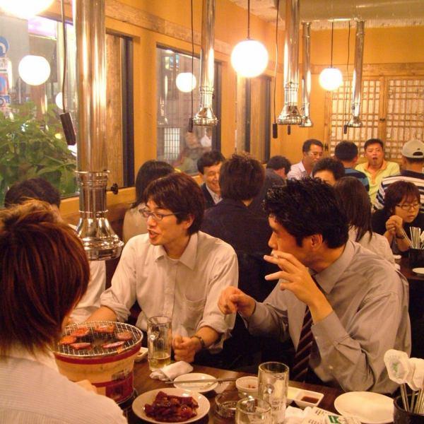 連日大盛況!20人以上の宴会も可能!忘新年会にもオススメです♪いつも活気に溢れた店内で美味しいお肉と韓国料理で楽しく乾杯♪