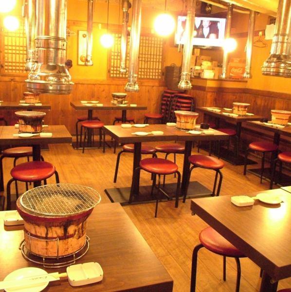 成人宴会最多可容纳70人OK★最少30位客人将包机♪请品尝美味的肉类和韩国料理!
