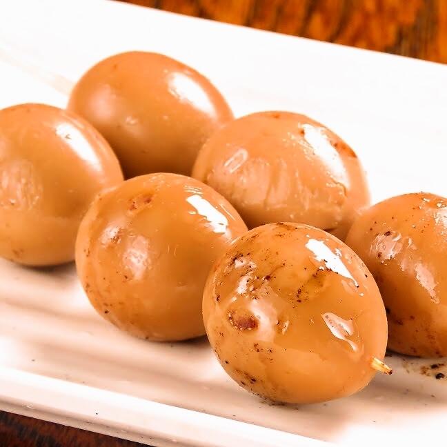 Quail egg skewers (2 pcs)