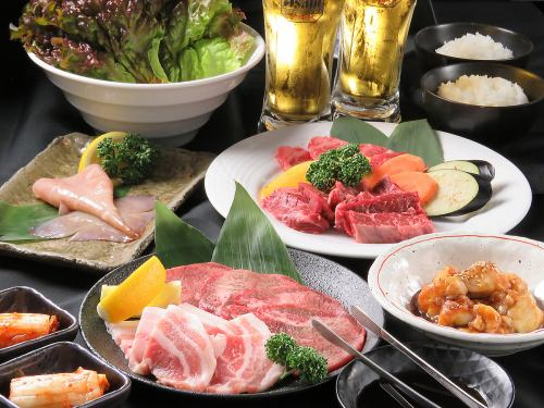 A banquet course with all-you-can-drink of Rakutsuki ♪