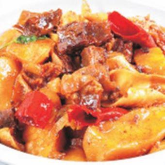 쇠고기와 감자 압력 밥솥 조림