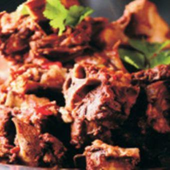 羊骨头的肉麻辣锅