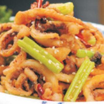 Stir-fried squid with high heat