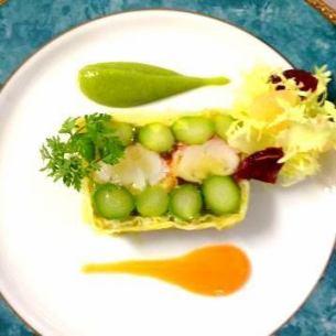 我們的開胃菜時令蔬菜大量陶罐流行