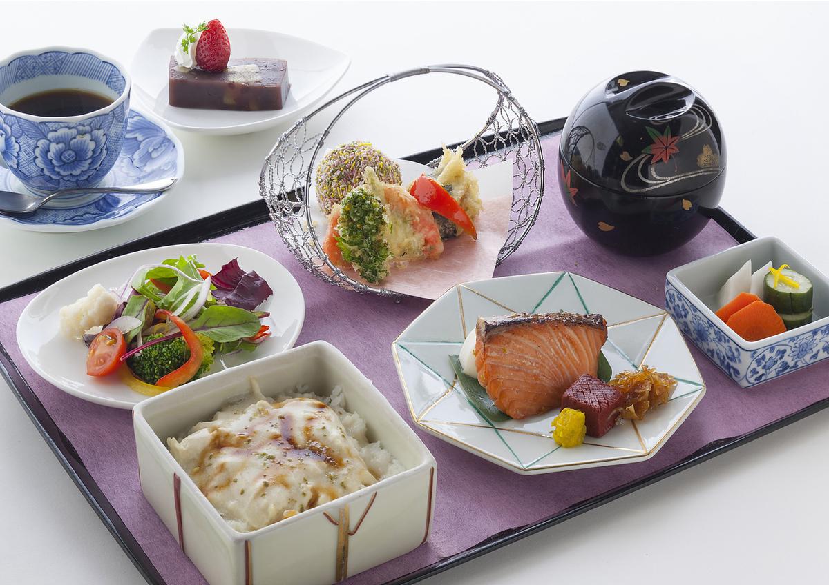 【ランチ】ビュッフェ料理:大人1800円(税抜) 豊年65歳以上1500円