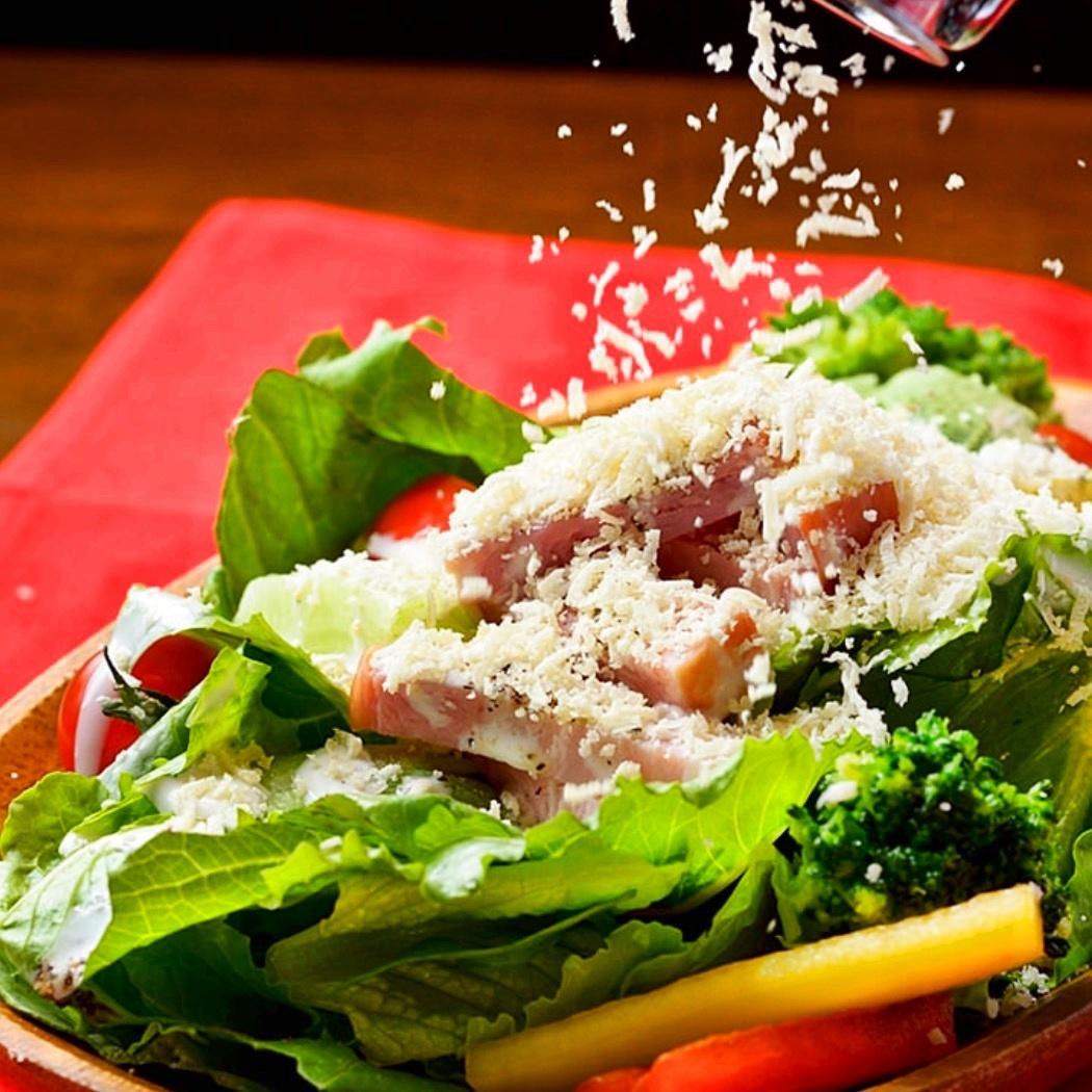凱撒的Palmigian-Reggiano沙拉