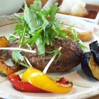 京水菜と大根おろしの自家製ポン酢ハンバーグステーキ
