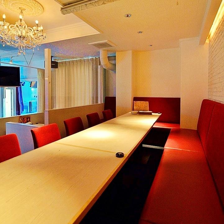 最大20名様までOK☆会社の皆様と、合コン、懇親会に大活躍!大人気のVIP個室!