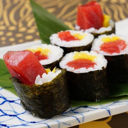 料理メニューが充実!!〆にもツマミにもオススメの「握り寿司」が楽しめます!1貫110円(税込)~