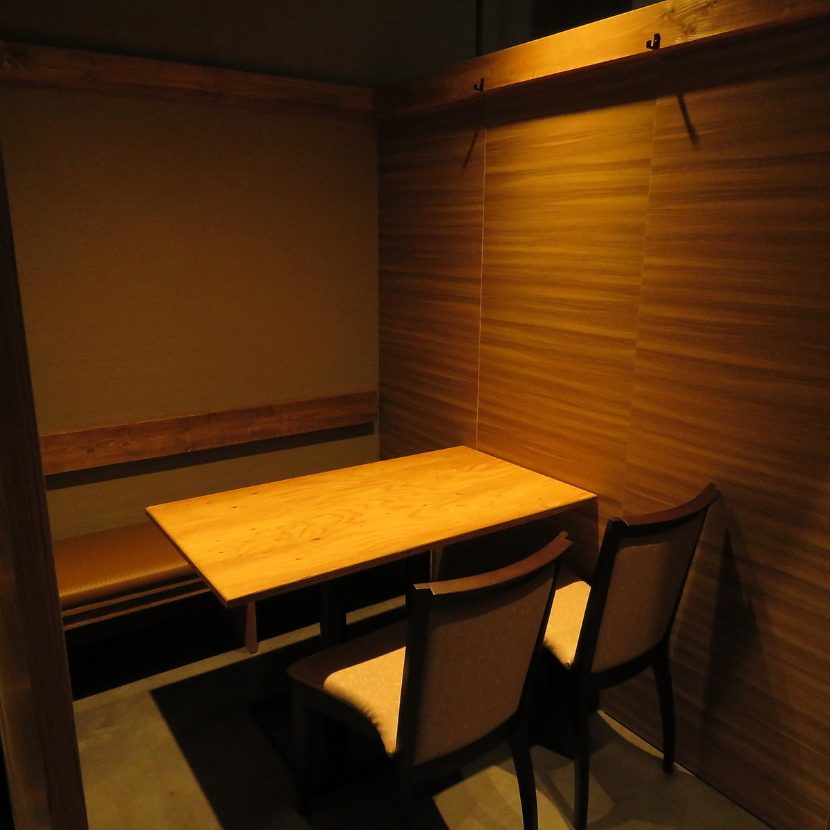 2, 4, 6, 8, 10, 12 people and so on available for each person! We can accommodate from 30 people up to 50 people! 【Photo is a completely non-smoking private apartment】