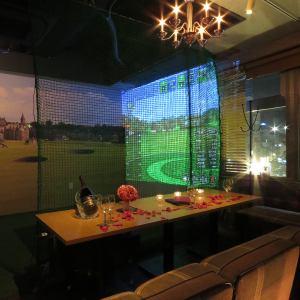 ゴルフシミュレーション個室をリニューアル!!壁には名門セントアンドリュースの景色が★