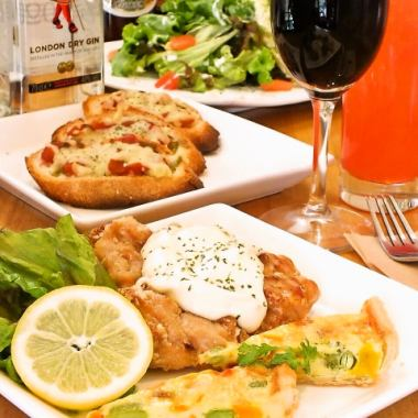 «Lunch» ◆ Weekday Limit ◆ Your favorite lunch + mini-pafe + coffee or tea with 1150 yen!
