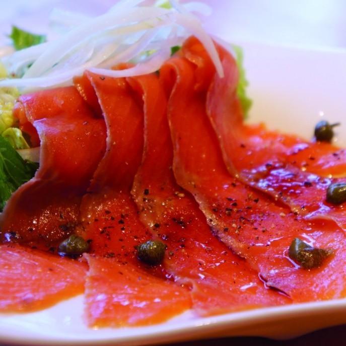 三文鱼生牛肉片/什锦章鱼和芹菜意大利卤汁/ 4种奶酪