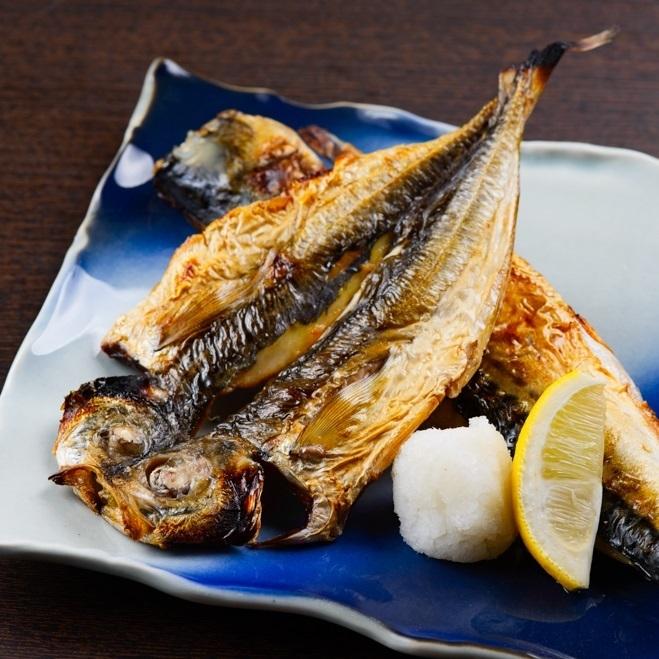 Volume full point dried fish W serve [鯵 & Toro mackerel one by one]