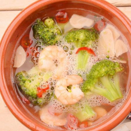 Ahijo蝦和西蘭花的