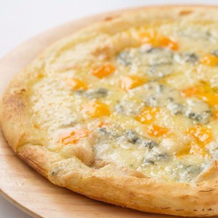"""""""奶酪和蜂蜜的和諧""""Quattro formmage"""