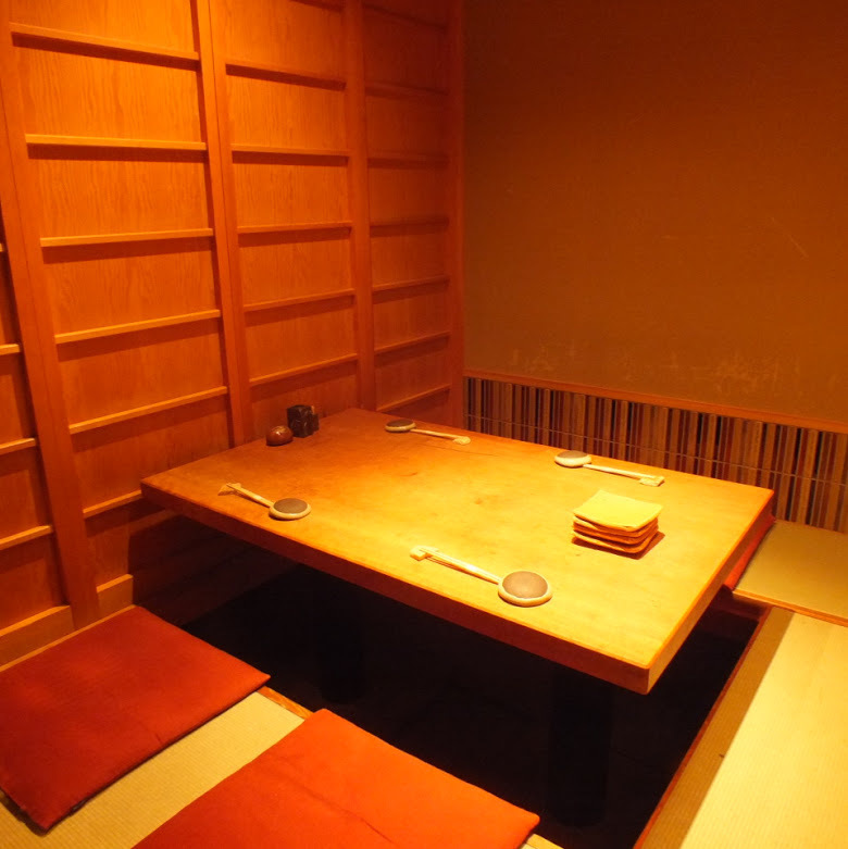 Complet single room seating ※ In addition to this, private room seats are available! Maximum of 24 people for 2 people